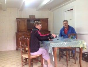 Pierre et Bernadette anciens pèlerins venus rénover le nouveau refuge de Melle
