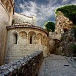 Marche sur le chemin de Compostelle dans l'Hérault