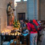 La bénédiction des pèlerins à la cathédrale Notre-Dame du Puy-en-Velay